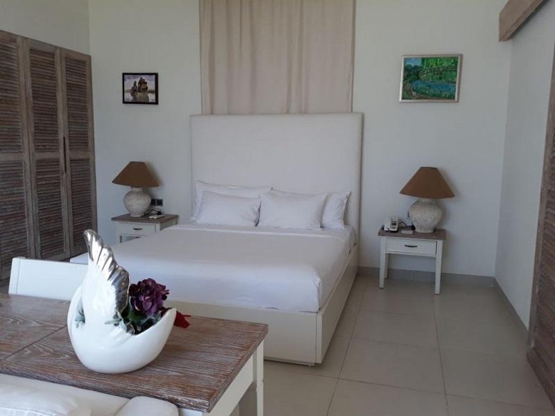 Biệt Thự Trước Biển 04 Phòng Ngủ – Hồ Bơi Riêng (Beach Front Pool Villa 4 Bedrooms)