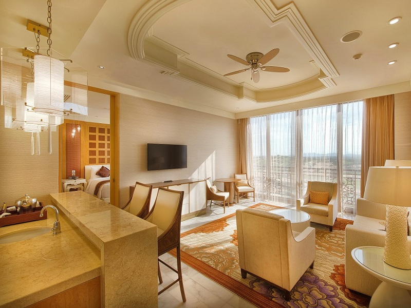 Grand Golf View Suite
